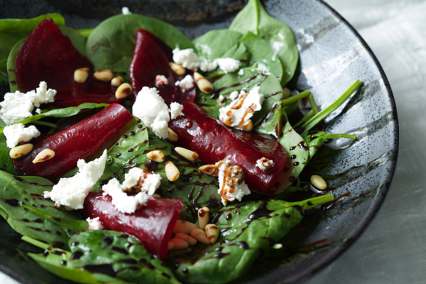 beet and spinach salad 28411